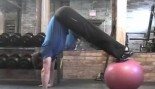 Get a Superhero Physique with this Combo Move thumbnail