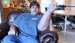 Man Uses Massive Hands and Forearms to Advantage thumbnail