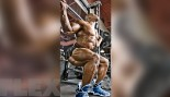 """Is There a """"Best"""" Way to Squat? thumbnail"""