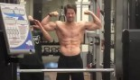 Watch: Ageless Mark Wahlberg looks chiseled in the gym thumbnail