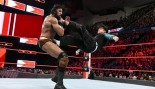 Jinder Mahal and Jeff Hardy face off on Monday Night Raw on April 17, 2018. thumbnail