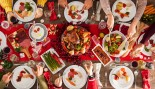 Christmas-Table-Meal-Spread thumbnail