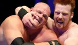 WWE Kane In Headlock During Match thumbnail