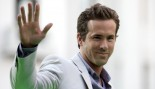 Ryan Reynolds at 'Green Lantern' movie event thumbnail