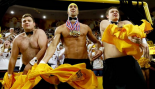 Michael Phelps Distracts Free Throw Shooter At Basketball Game thumbnail