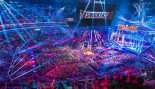 WWE and Snickers Team Up for Wrestlemania 33 thumbnail