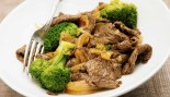 Plate of beef and broccoli stir fry thumbnail