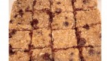 pan of clean chocolate chip bars thumbnail