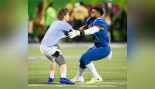Ezekiel Elliott Tackles Fan at Pro Bowl Then Beats Him in 40-Yard Dash  thumbnail