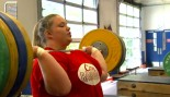 Weightlifter Holley Mangold Ready to Go For London Olympics  thumbnail
