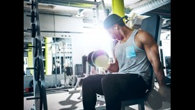 The Workout to Build Your Biceps and Triceps at the Same Time thumbnail