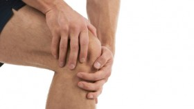 5 Ways to Avoid Knee Injuries thumbnail