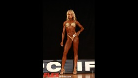 Michelle Bates - Womens Figure - Pittsburgh Pro 2011 thumbnail