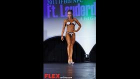 Lisbeth Marquez thumbnail