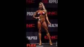 Larissa Reis - Women's Figure - 2012 Australian Pro Grand Prix thumbnail