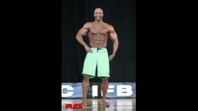 Derrick Wade - Mens Physique - 2014 IFBB Pittsburgh Pro thumbnail