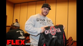 The Athletes Check in at the 2013 Mr. Olympia 212 Meeting thumbnail