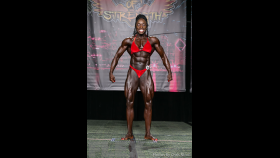 2014 Chicago Pro - Roxanne Edwards thumbnail