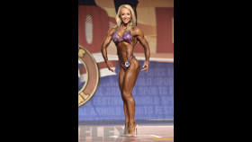Amanda Doherty - Figure International - 2016 Arnold Classic thumbnail