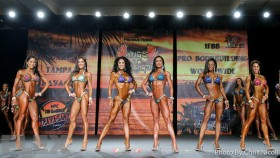 2015 IFBB Tampa Pro Bikini Call Out Report thumbnail
