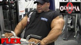 Dennis James Hamstring Workout for Master Olympia thumbnail
