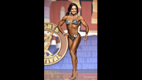 Fiona Harris - 2015 Fitness International thumbnail