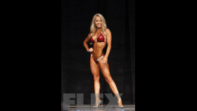 Evelyn Mihaly - 2015 IFBB Toronto Pro thumbnail