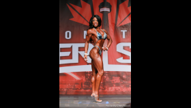 Mayla Ash - Figure - 2016 IFBB Toronto Pro Supershow thumbnail