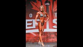 Krista Dunn - Figure - 2016 IFBB Toronto Pro Supershow thumbnail