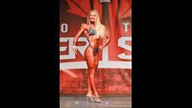 Kristine Duba - Fitness - 2016 IFBB Toronto Pro Supershow thumbnail