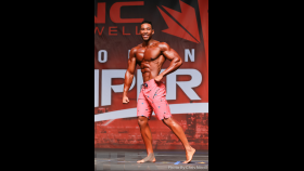 Eren Legend - Men's Physique - 2016 IFBB Toronto Pro Supershow thumbnail