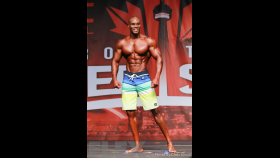 Daushon McGregor - Men's Physique - 2016 IFBB Toronto Pro Supershow thumbnail