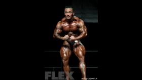 2016 IFBB Vancouver Pro: 212 Bodybuilding - Eun Cho thumbnail