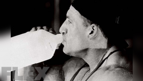 Don't Let Dehydration Negatively Affect Your Gains thumbnail