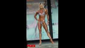 Holly Beck - 2013 Tampa Pro - Figure thumbnail
