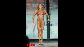 Jennifer Brown - 2013 Tampa Pro - Figure thumbnail