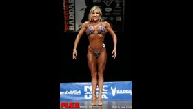 Karen Yoakum - Figure Class B - NPC Junior USA's thumbnail