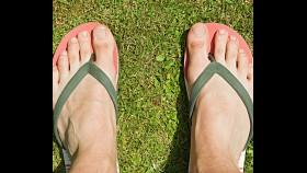 We Asked 100 Women: Do You Like When Guys Wear Flip Flops? thumbnail