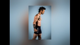 Transformation Tuesday: Jonathan Tucker's fit-to-ripped routine thumbnail