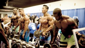 10-Exercises-Build-Muscle-Weight-Rack thumbnail