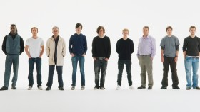 10-Testosterone-Facts-Men-Lineup miniatura