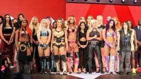 Top 10 Female WWE Wrestlers thumbnail