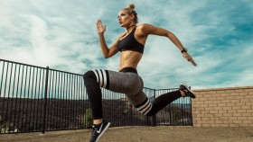 Badass Guitarist Nita Strauss Talks On-the-Go Fitness, Sobriety, and Her Upcoming Album thumbnail