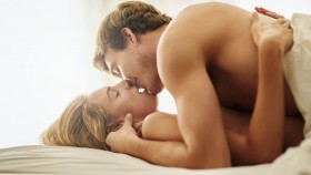 Man and Woman in Bed - Sex thumbnail