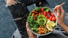 The Weightlifter's Guide to Plant-Based Clean Eating  thumbnail