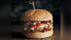 Recipe: How To Make Chipotle Pork Sandwich thumbnail