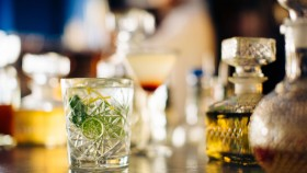 Cocktail on the Bar thumbnail