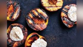 Grilled Peaches With Greek Yogurt thumbnail