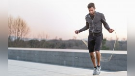 5 Tips to Jump Rope Like a Pro thumbnail