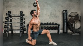 The Integrated Circuit Training Kettlebell Workout thumbnail